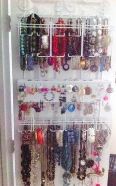 organized-jewelry